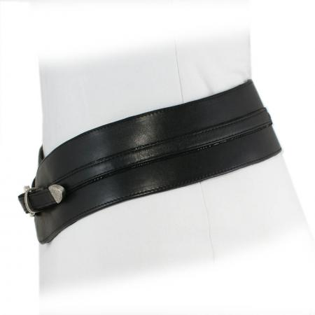 CURVE PERFECT WEST BELT <br > black & black patent shell w/ Italian buckle