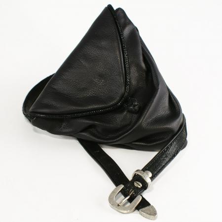 HIP HIP WRAPPER<br /> black & shell patent trim